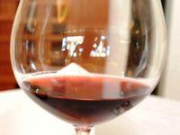 """""""百薬の長""""も適量を ワインは1日2杯まで 沖縄県医師会編「命ぐすい耳ぐすい」(1139)"""
