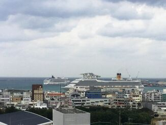 今日もさむ~~~い、那覇市内。クルーズ船で来た観光客もびっくりかな?