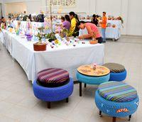 多彩な作品続々 ボリビアで文化祭 古タイヤの椅子に注目集まる