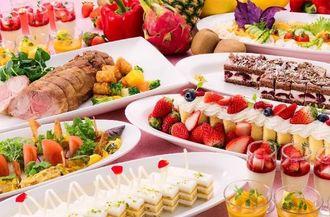 オキナワマリオットリゾート&スパで開催されているランチビュッフェ(同ホテル提供)