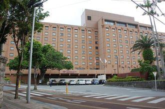 経営譲渡が決まったANAクラウンプラザホテル沖縄ハーバービュー=24日、那覇市