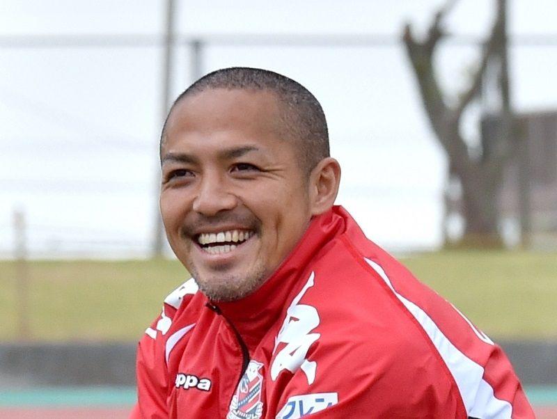 """天才""""小野伸二がJ2琉球へ サッカー界の「至宝」が沖縄にもたらすものは ..."""