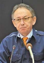 3例目の豚コレラ発生を発表する玉城デニー知事=10日午後、沖縄県庁