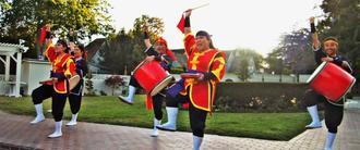 琉球國祭り太鼓によるパフォーマンス