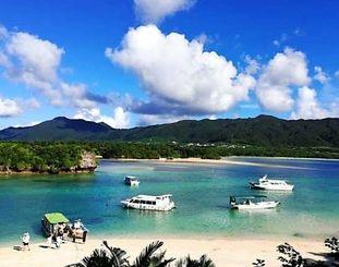 石垣市で一番人気の観光スポットの川平湾(トリップアドバイザー提供)