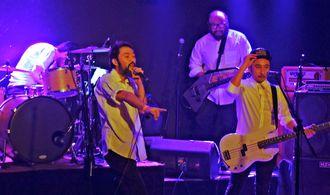 再結成ライブを行った県系2世バンド「ティントレロス」=ブエノスアイレスのマケナ・カンティナ・クラブ(@Sole Uchima)
