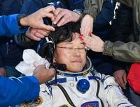 宇宙飛行士の金井さん米国に到着 月内帰国に向けリハビリ