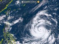 強い台風25号(コンレイ)発達しながら4日にも沖縄の南へ