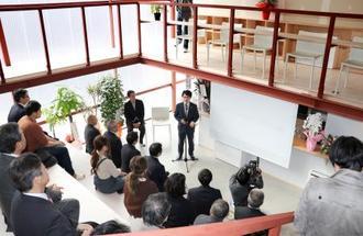 若手起業家らの活動拠点としてオープンした民間施設「小高パイオニアヴィレッジ」=20日、福島県南相馬市