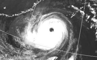 台風21号の衛星画像(9月28日午前5時現在、気象庁HPから)
