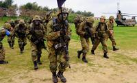 """「本土の山より過酷」陸自の""""悲願""""と米軍の思惑 安保法施行1年、沖縄で進む基地の共同使用"""