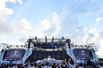 両日で5万2000人が集い歓声を送った、安室奈美恵さんのステージ=宜野湾海浜公園野外特設会場