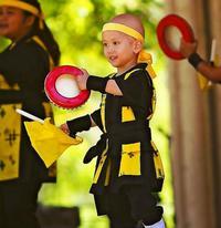 天国の奏弥ちゃんと舞う ハワイのエイサー団体 世界のウチナーンチュ大会
