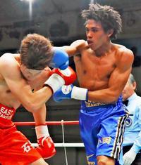 ボクシング新人王:4回右アッパーの一撃 高3・小田翔夢の破壊力に会場騒然