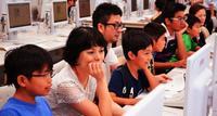 親子でプログラミング、人材育成にも期待 沖女短大で教室