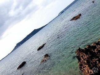 那覇商業高校2年の平仲竜羽さんが撮影した奥武島の海