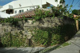 戦前から残る石垣