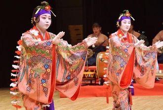 女性の恋心を表現した比嘉睦江琉舞練場の「本貫花」
