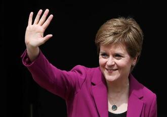 スコットランド民族党(SNP)のスタージョン党首=9日、エディンバラ(ロイター=共同)