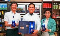 中国向け「沖縄白酒」輸出へ手応え QRコードで手続き迅速化、テストに成功