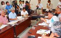 「基地造らせない公約に反する」 市民団体、沖縄県に奥港使用許可の撤回要請