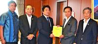 日米地位協定の改定へ特別要望 渉外知事会、米軍犯罪防止を提言