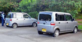 パンクさせられたとみられる車両=18日午後6時ごろ、宮古島市・盛加越公園駐車場
