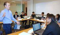 「行動を起こすことが大切」弁護士に学ぶ 琉球フロッグス
