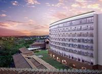 源泉掛け流しの温泉付きスイートも ユインチホテルに8階建て新館 沖縄