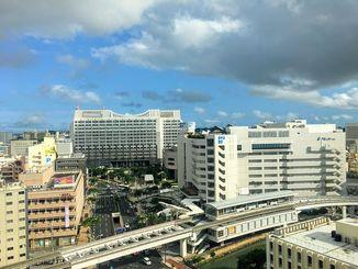 18日は雲の間から晴れ間ものぞく一日でした。19日は雨が降る所もありそうです