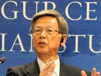 米国を訪問した沖縄県の翁長知事