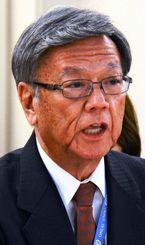 2015年9月、国連人権理事会で演説する沖縄県の翁長雄志知事=スイス・ジュネーブ