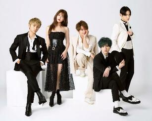 今年末での活動休止を発表した人気音楽グループ「AAA」