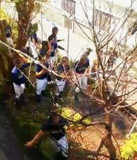"""火事だ!「練習どころじゃない」 高校野球部、延焼を防ぐ""""ファインプレー"""""""