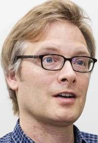 米国の民主主義と信仰の内部崩壊 有権者意向に順応する制度 マイケル・エメリック(日本文学研究家)