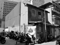 [ワールド通信員ネット]/@台湾/旧南風原病院 取り壊し/戦前戦後 沖縄移民の支援拠点/説明版求める声