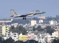 米軍機騒音、沖縄市で102.7デシベル 苦情17件も