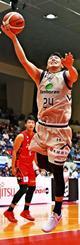 名古屋-キングス 第3Q、キングスの田代直希がシュートを放つ=愛知県体育館(Bリーグ提供)