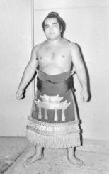 沖縄県出身初の幕内力士、琉王