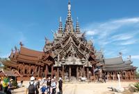 バンコク、インスタ映えする観光地 魅力いっぱいの夜市や寺院