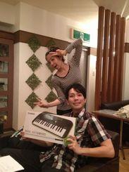 【作曲してくださった石川清貴さんと】