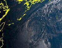 台風14号(ヤギ)沖縄直撃の恐れ あす大東島地方に最接近か