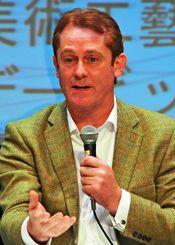 沖縄の観光戦略について語るデービッド・アトキンソン氏