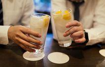 深夜の居酒屋に子連れ客…市が制限するべき? アンケートで分かった保護者の意識