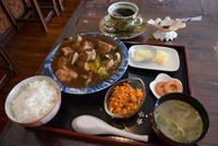 値上げせず、野菜も肉もがっつりと うるま市具志川「幸.叶.」