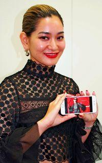 「HENZA」中国進出/県出身デザイナーの女性服ブランド/最大手通販サイトに出展/「自立した女性」共感誘う