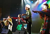 「フォークの日」にヒットソング熱唱 アーティストと観客が一体に For PMライヴ