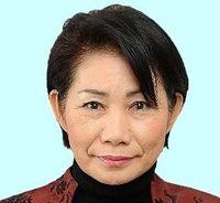 うるま市長選:市議会野党らが山内末子氏を擁立 現職と一騎打ちへ