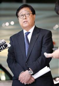 ゴーン被告、不正報酬10億円 三菱自動車、損害賠償請求検討