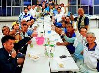 最後のパット「神様が降りてきた」 宮里優作選手Vに地元歓喜! 沖縄